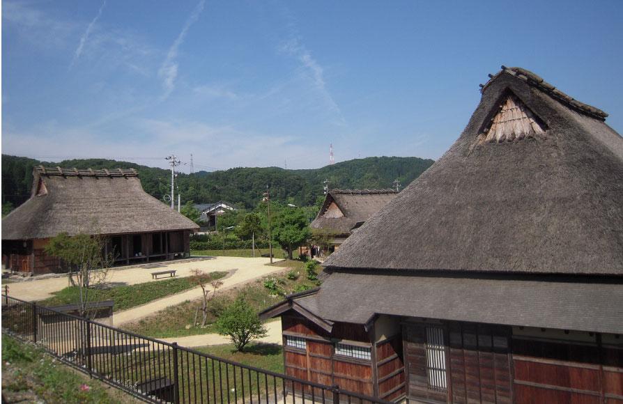 沢湯涌江戸村では「旧松下家住宅」や「旧山川家住宅」などを見学できる