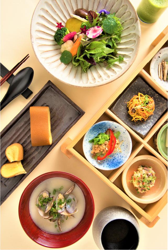 発酵食品や健康食品を中心に、心身を活性させる「晴れ(ハレ)の朝食」