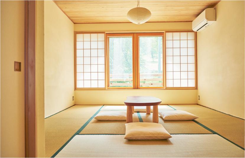 7つの和室と、1つの洋室の客室は、木のぬくもりが感じられる