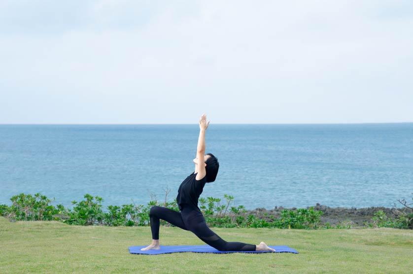 潮風に当たることで、肌や呼吸から海のミネラルを体内に取り込める
