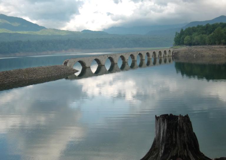 タウシュベツ川のアーチ橋