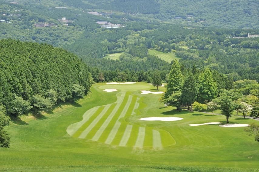 青空の下でゴルフ三昧はいかが ゴルフコース全日1ラウンドプレー券