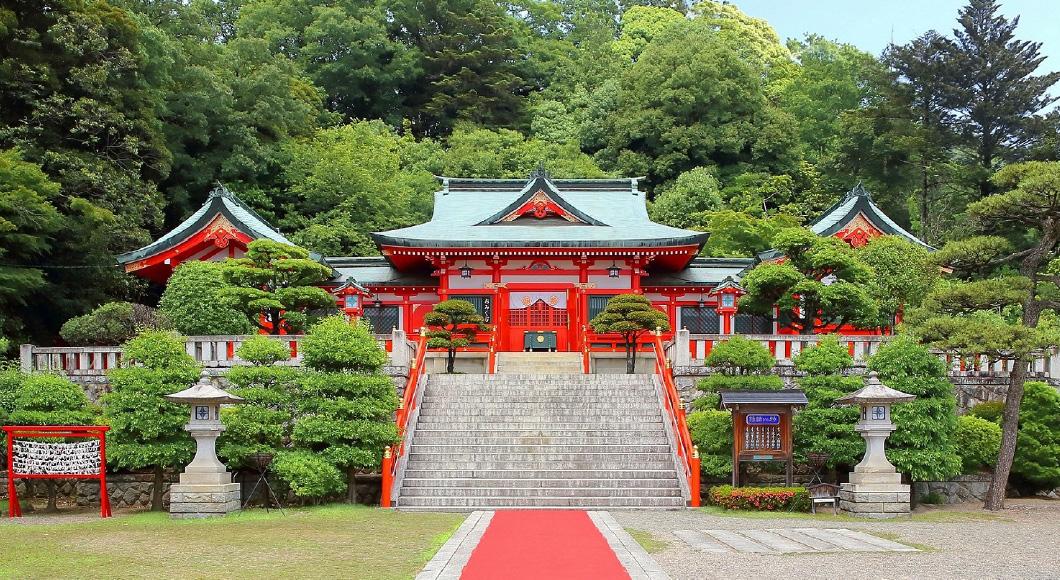 4 歴史ある神社で縁結び祈願 足利織姫神社