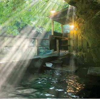 今月のロマン秘湯 壁湯温泉[大分県]