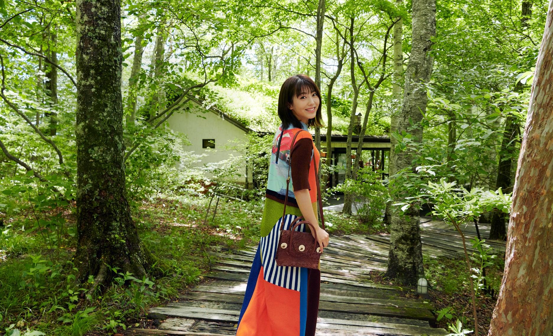 浜辺美波さんがナビゲート 八ヶ岳・清里、初秋の高原リゾート旅