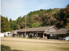 Kawakami Junior High's Wooden School Rooms