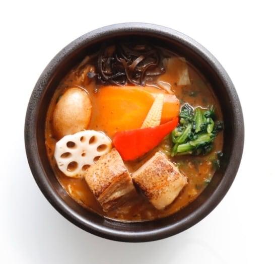 とろとろ炙り焙煎角煮のスープカレー