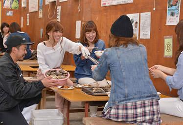 島田水産 牡蠣小屋