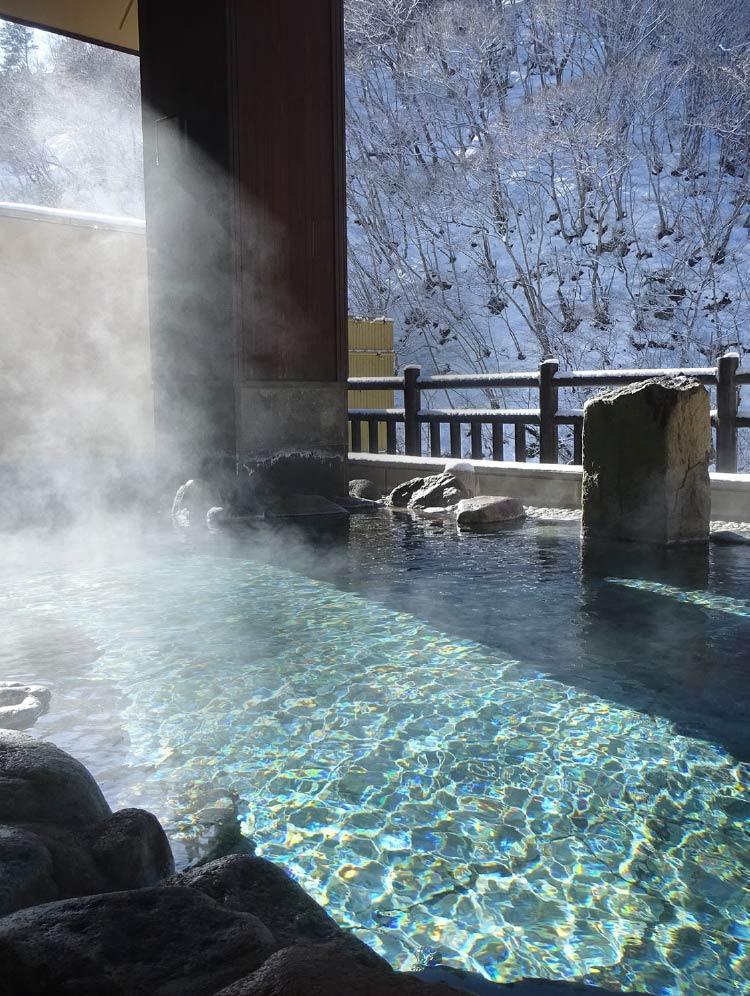 温泉 湯西川
